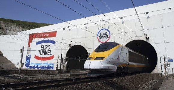 """Prancūzija ruošiasi patikrinimams Eurotunelyje, jei nebūtų pasiektas """"Brexit"""" susitarimas"""
