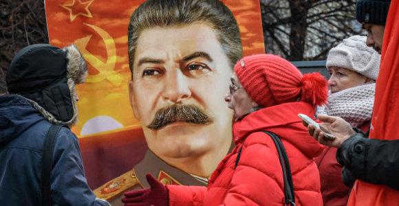 Rusijoje daugėja dievinančių Josifą Staliną. Kas toliau?