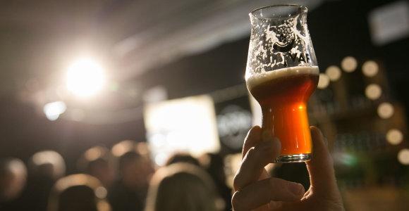 """Panevėžio apygardos teisme atversta Biržų aludarių """"juodojo alaus"""" byla"""