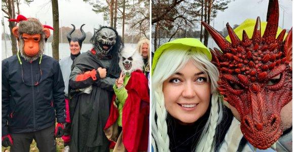 Helovino regata Trakuose: spalvingi kostiumai, šmėkliški burtažodžiai vėjui ir simbolinis ritualas