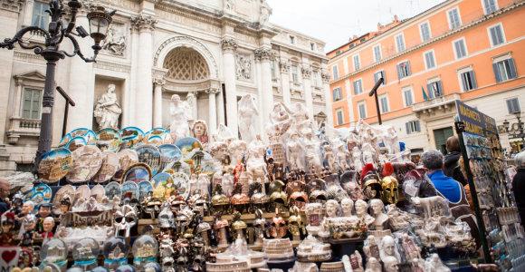 Roma uždraudė suvenyrų stendus prie svarbiausių lankytinų vietų