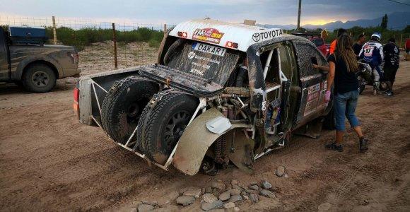 Dakaro ralyje finišą sėkmingai pasiekė visi lietuviai, Benediktas Vanagas grįžo tik ant 3 ratų