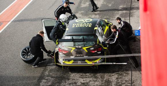 """Visi """"Dream 2 Drive"""" komandos vairuotojai sezoną užbaigė ant podiumo"""