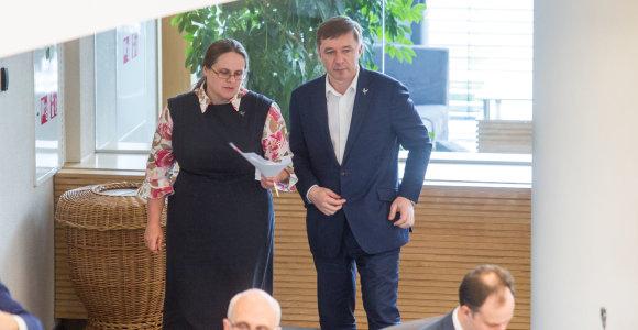 Bliūkšta galimybės Seime tirti žemės ūkį: tam pasipriešino A.Širinskienės vadovaujamas komitetas