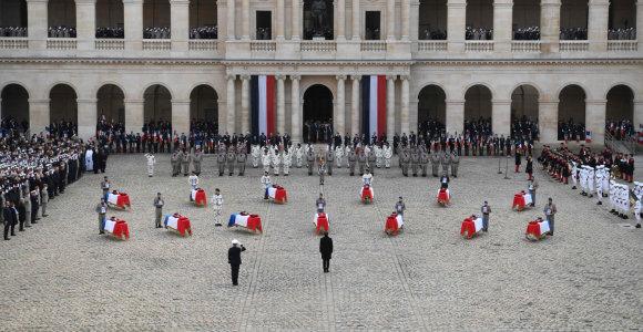 Prancūzijoje pagerbiamas 13 Malyje žuvusių karių atminimas