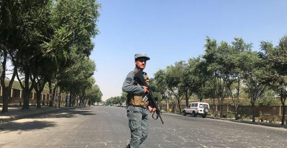 Sprogimas prie Kabulo universiteto užmušė mažiausiai šešis žmones