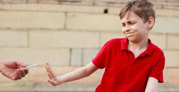 Tai gali atsitikti ir su jūsų vaiku: kaip išvengti narkotikų pinklių