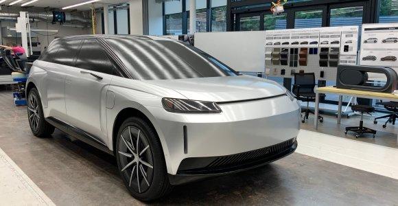 """""""Dyson"""" elektromobilio nesulauksime: britų milijardierius atskleidė pagrindines nesėkmės priežastis"""
