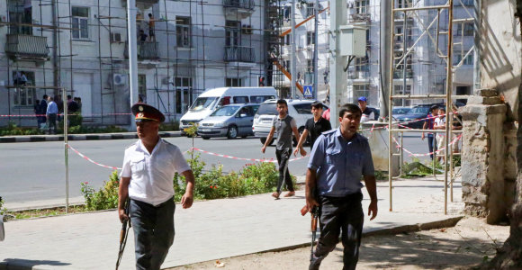 Tadžikistane pervežant kalinius 14 jųmirtinai apsinuodijo