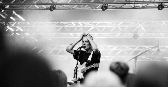 """Viena populiariausių roko grupių Lietuvoje """"ba."""" surengė didžiausią koncertą šiemet ir pristatė naujieną"""
