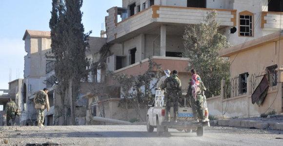 Sirijos Idlibe per džihadistų išpuolį žuvo 21 provyriausybinių pajėgų kovotojas