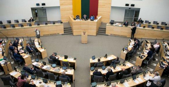 Seimas ES direktyvą perkėlė partneriams nesuteikdamas teisių kaip šeimos nariams