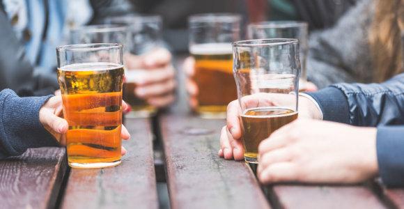 Latvijoje peticija už alkoholio teisėtą vartojimą tik nuo 21 metų sulaukė 10 000 parašų