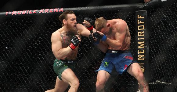 Conoro McGregoro nokautuotas varžovas – suspenduotas