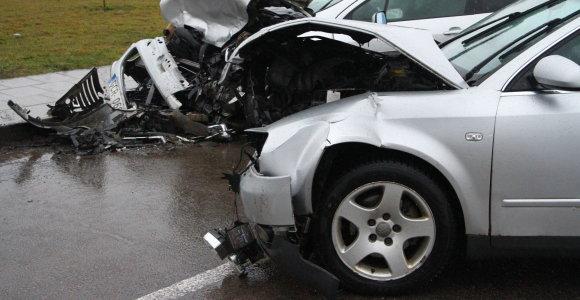 Verta žinoti visiems vairuotojams: kokius kriterijus reikia atitikti norint gauti pakaitinį automobilį?