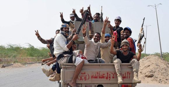 Rijadas teigiamai vertina husių siūlymą dėl paliaubų Jemene