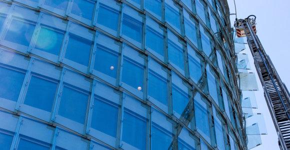 Analitikai: NT sandorių rinkoje šiemet dominuos biurai