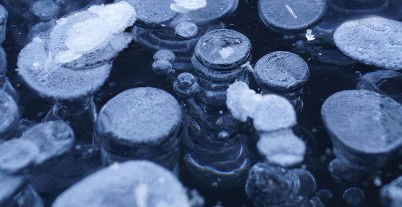 Neregėtas radinys Sibire: aptiktas jūros plotas su besiveržiančiais metano burbulais