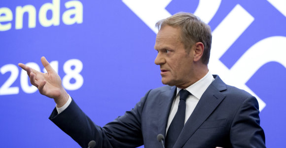 D.Tuskas: ES ir Vakarų Balkanų šalių suartėjimo programa – ne jų būsimos narystės pakaitalas