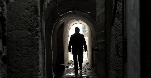 Komunistinės eros paranojos metu statyti slapti tuneliai dabar traukia turistus