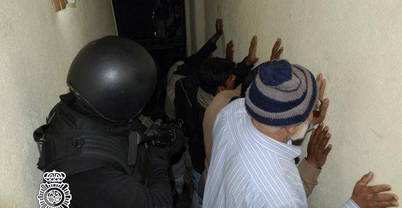 """Ispanijos policija suėmė septynis asmenis, siejamus su """"al Qaeda"""""""
