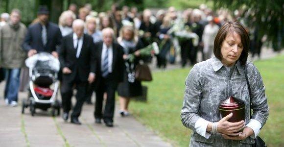 Kompozitorius G.Abarius šiandien palaidotas Antakalnio kapinėse (nuotraukos)