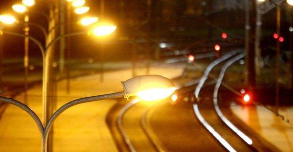 Švenčionėliuose traukinys mirtinai partrenkė bėgiais ėjusį žmogų
