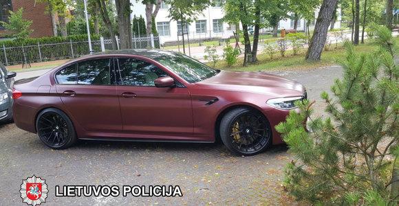 Vagys Palangoje: dingo apynaujis BMW M5, kitas BMW apiplėštas