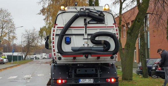 Klaipėdoje į gatves išriedės naujutėlaitės valymo mašinos