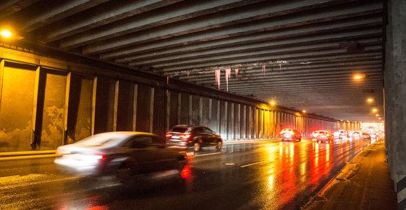 Atšilus orams naujas pavojus keliuose – aplaidumas gali pridaryti žalos