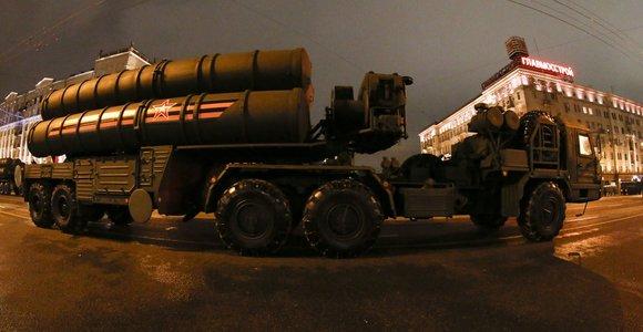 JAV vėl perspėja Turkiją dėl jos raketų sandorio su Rusija