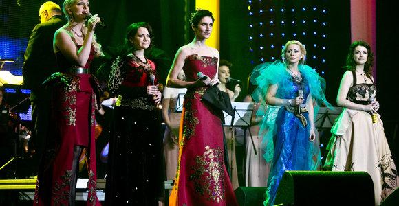 I.Zasimauskaitė, R.Ščiogolevaitė ir kitos žvaigždės kalėdiniame koncerte perdainuos Enya dainas