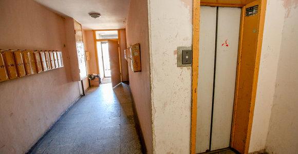 Kol ministras ragino rinktis laiptus, Vilniaus Karoliniškių gyventojams išjungti liftai