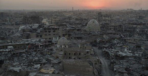 Mosule pirmąkart po IS išstūmimo sprogo užminuotas automobilis, žuvo trys žmonės