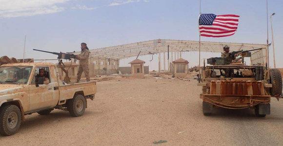 """JAV tvirtina Sirijoje neformuojanti naujos """"armijos"""""""