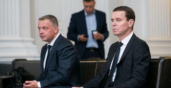 Teismas atmetė prašymą paskirti suėmimą R.Kurlianskiui, o E.Masiuliui areštą