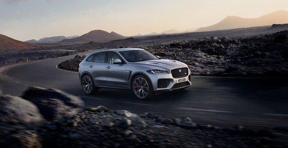 """""""Jaguar"""" pagamino greičiausią """"F-Pace"""" versiją – iki 100 km/val. per 4,3 sekundės"""