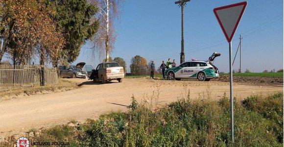 Ketvirtadienis Lietuvos keliuose: mįslingai miręs BMW vairuotojas ir dar 6 sužeisti žmonės