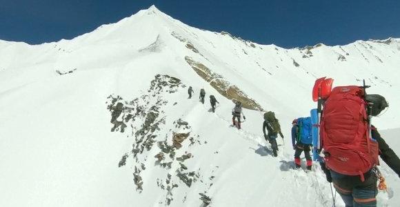 Paviešintos paskutinės alpinistų gyvenimo akimirkos prieš pražūtingą laviną Himalajuose