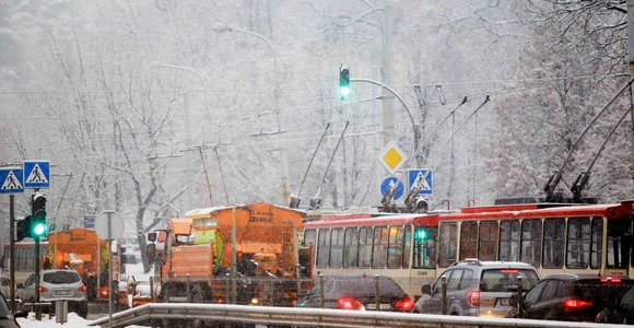 Narbuto gatvėje vėl strigo troleibusų eismas