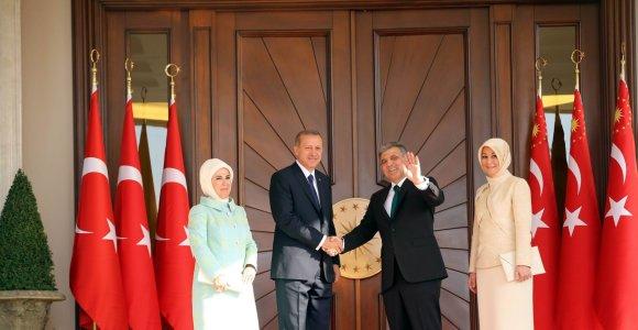 Naujojoje Turkijos vyriausybėje – ištikimi Recepo Tayyipo Erdogano sąjungininkai