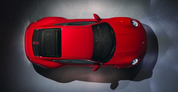 """Mintyse jau palaidojote mechanines transmisijas? """"Porsche"""" nustebino JAV rinką"""