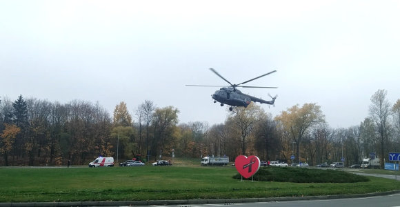 Santariškių žiede nusileido sraigtasparnis – atgabeno donoro širdį