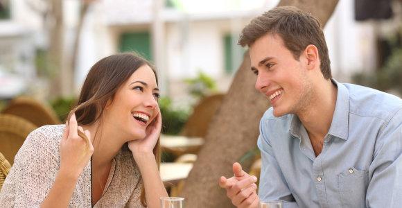 Įdomūs faktai apie flirtą: pravers tiek vienišiems, tiek santuokoje gyvenantiems
