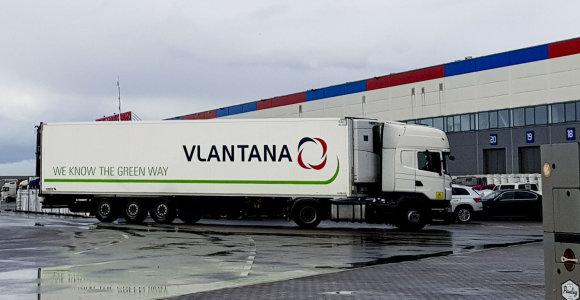 """Norvegijos policija atliko kratas """"Vlantana Norge"""" patalpose, areštavo banko sąskaitas ir vilkikus"""