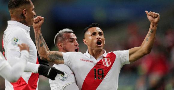 """""""Copa America"""" turės naujus čempionus: į finalą netikėtai žengė Peru"""