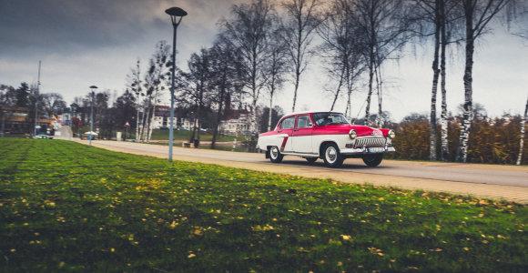 """Renkame Lietuvos Šimtmečio automobilį: išbandėme """"Volga"""" GAZ 21, vadintą rykliu"""