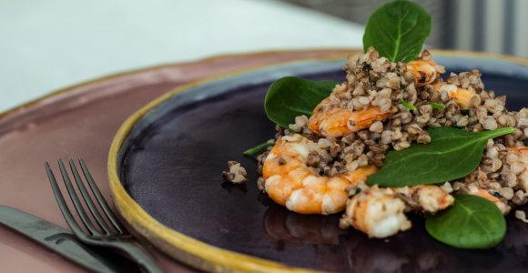 3 patiekalai iš grikių: nuo gardžios sriubos iki troškinio su krevetėmis