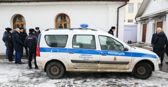 Maskvoje vyras per pamaldas cerkvėje peiliu sužeidė du žmones