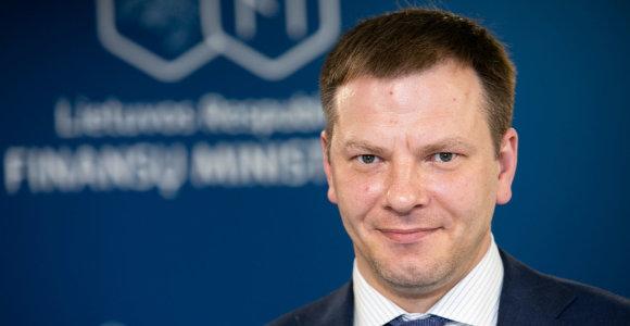 Finansų ministerija neigia melagingą naujieną apie V.Šapoką